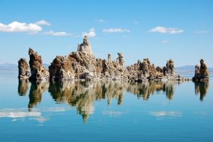 Tufa Towers in Mono Lake by allsoulsnight