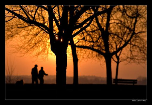 Silhouettes at Britannia Park by bigsdawg