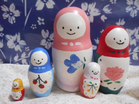 Matryoshka Dolls by FrozenFeather