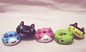 Neko donuts :3 by ElithaPoke