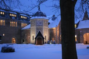Castle in the Snow by Lairis77