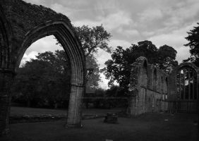 Inchmahome Priory by Crannogphotographic
