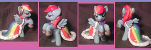 Gala Rainbow Dash Blind Bag by Busoni