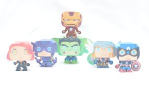 Mini Avengers Papercraft by henrydig