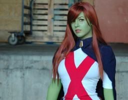 miss martian by seraphatonin