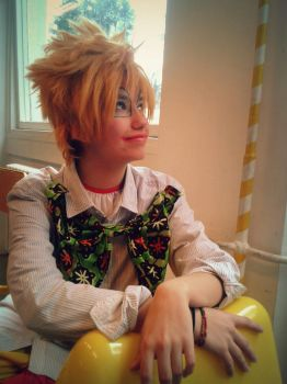 Roxas cosplay UA - The happy clown by Fynistere