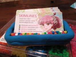 Business card holder by skimlines