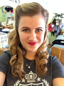 1940s Faux Victory Rolls by thatgirl156
