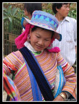 Flower Hmong girl in Bac Ha by Olithys