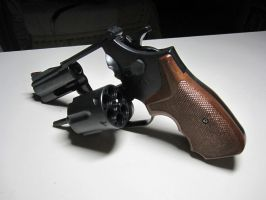 Smith and Wesson Model 586 2.5 Inch by Kweonza