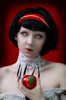 Snow White by Eblis-Images