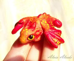 Sculpture little dragon red - size comparison by AlviaAlcedo