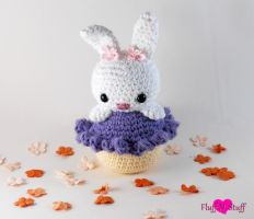 Cupcake Bunny Amigurumi by SailorMiniMuffin