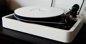 new turntable by 6-et-O