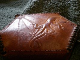 Octopus Bag Back by davehalleng
