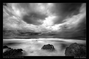Incoming Storm by RoieG