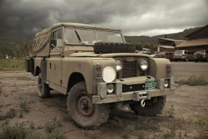Land Rover by RollingFishays