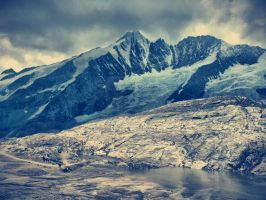 Snowing Mountains by SottoPK