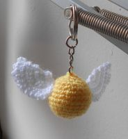 Golden Snitch keyring by TheSewingBox