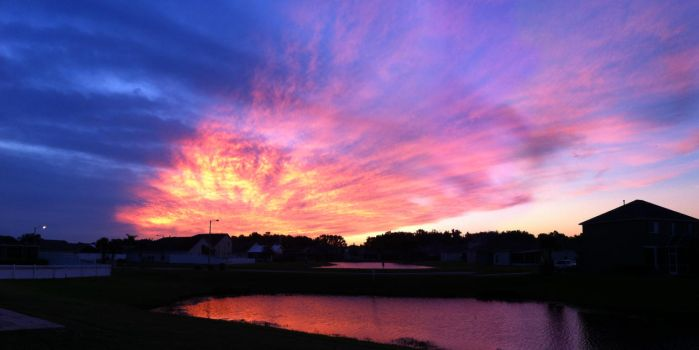 Land O Lakes Sunrise - October 27, 2012 by TigerMoon62