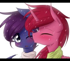 A winter's kiss by LittleCloudie