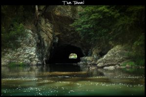 The Tunnel by imagen
