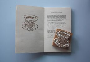 "a nice cup of ""book flavour"" tea by EvelynY"