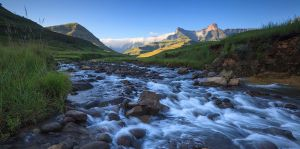 The Saddle Drakensberg by carlosthe