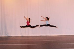 Hip Hop Leap by watercolos