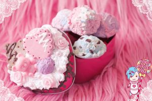 Kawaii Heart Tin by CandyStripedCafe