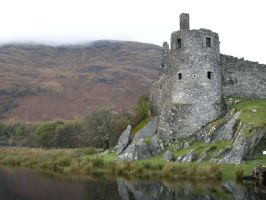Castle in the Highlands - 1 by Barrowing