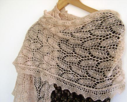 Hand knitted lace stole by MadelinesWardrobe