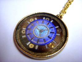 Optical Clock Pendant by Goku-Kaji