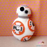 BB8 plushie by yael360