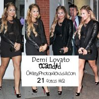Demi Lovato Candid by CrazyPhotopacks