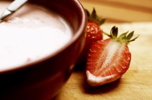 Strawberry yoghurt. by mondscheinsonate