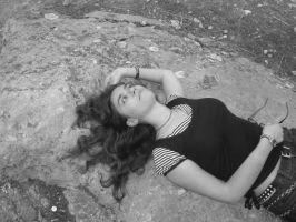 Playing dead by Erevia