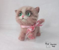 Needle felted Kitty toy by WoolArtToys