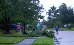 Hurricane Ike: The Cleanup by theoracleofdreams