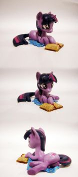 Twilight Sparkle read by AlexCroft1991