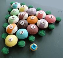 Pool Cupcakes by doganie