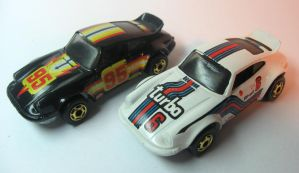 pair of 911's by happymouse666
