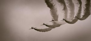 Red Arrows by noelholland