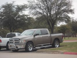 2011 Dodge Ram 2500 [Customized] by TR0LLHAMMEREN