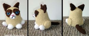 Grumpy Cat by MilesofCrochet