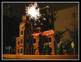 Gingerbread House 2007 by mistymoonlight