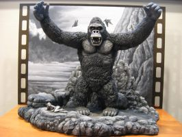 B and W King Kong diorama by Legrandzilla
