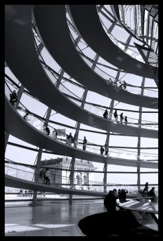 Reichstag by PaperClipp
