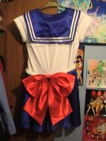 Sailor Moon Costume back by Londonexpofan