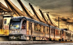 HDR Gold Line Metro by Antoes